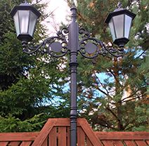 Парковые фонари или фонари уличного освещения